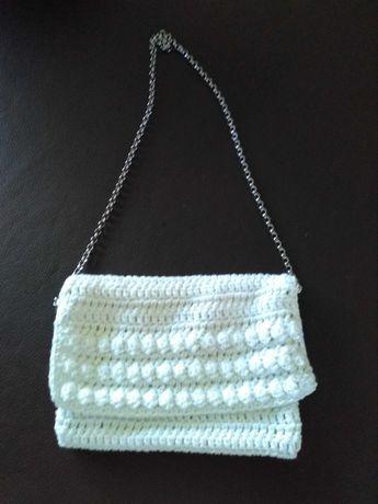Carteira em crochet (clutch)