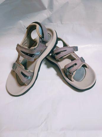 Босоножки сандалии босоніжки сандалі шкіра кожа hi tec треккинговые