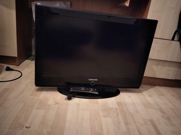 Telewizor płaski Samsung 32cale Stan Bdb możliwy dowóz