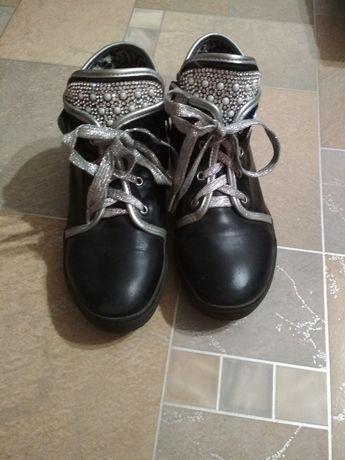 осенние ботинки для девочки