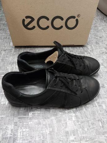 Продам ботиночки,кроссовки Ecco р.41