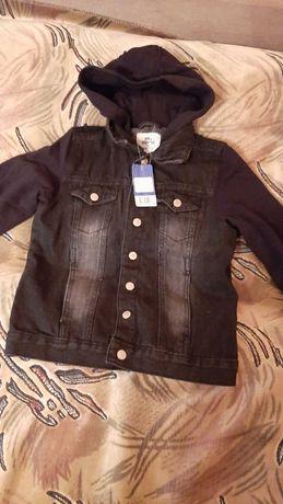 """Стильная джинсовая куртка -ветровка ,рост 140 см. """"Pepperts""""."""