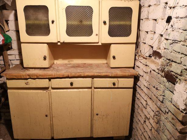 Stary drewniany kredens PRL do renowacji