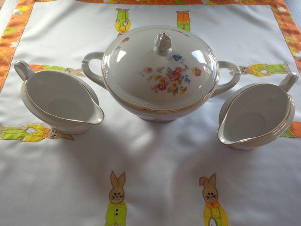 Antyczna waza i dwie sosjerki z Chodziezy