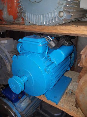 4квт 220в Электродвигатель електродвигатель електродвигун електромотор