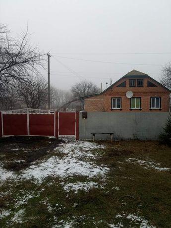 Кирпичный Дом с удобствами в чистой зоне Полтавщины