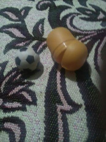 Киндер-сюрприз мячик