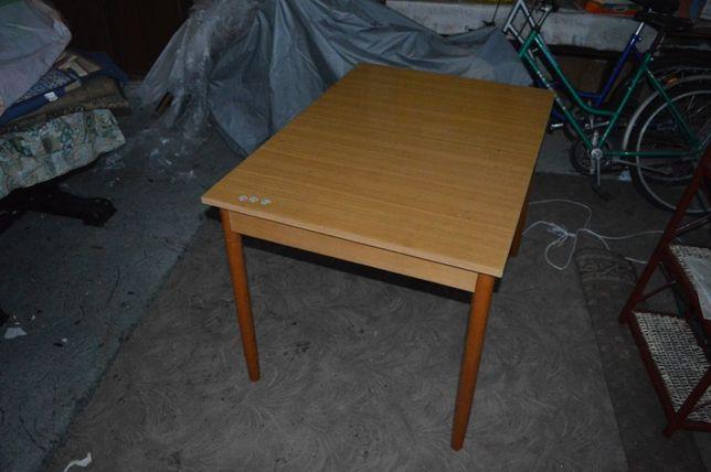 Stół rozkładany jasny