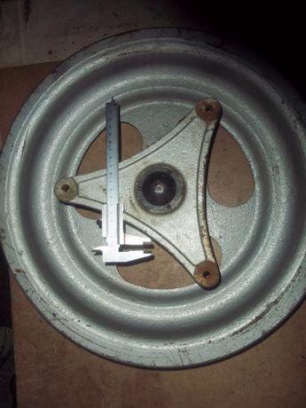 Шкив маховик 23 кг. Для дрова кола, ветка дробилки 1450 гр.