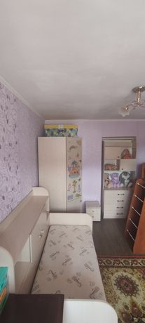 Продам оригінальні меблі в дитячу кімнату .