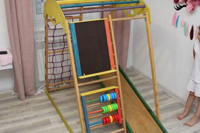 Детский деревянный комплекс