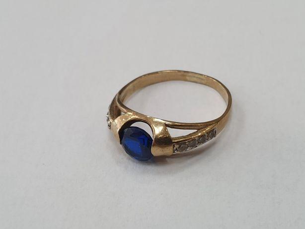 Piękny złoty pierścionek/ 333/ 2 gram/ niebieski kamień/ R16/ Gdynia
