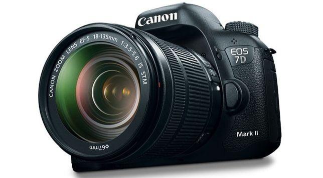 Conjunto Canon EOS 7D Mark ii + 2 lentes+Flash+Mochila+tripé