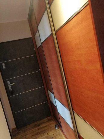 3 drzwi szafy przesuwnej z ościeznicą