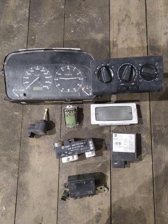 Volkswagen CADDY polo 6n elektronika sterownik zegary lampka czujnik