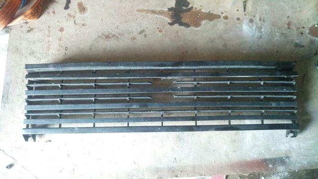 Решетка радиатора ВАЗ-2104, 2105