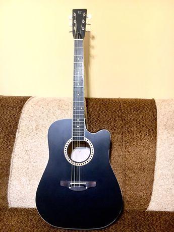 Продам новую акустическую гитару Leoton 03