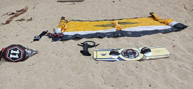 Prancha kitesurf (sem saco), asa e bomba de encher (com saco)