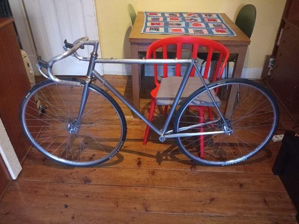 Bicicleta estrada vintage e peças