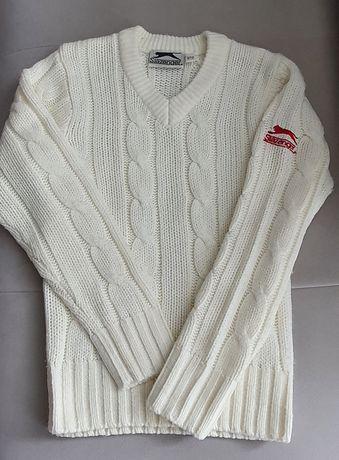 ciepły sweterek w splot