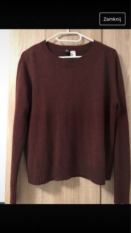 Bordowy sweterek