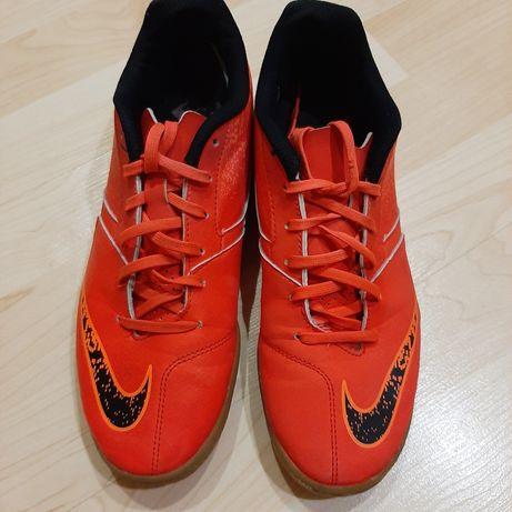 Футзалки(бампы)  Nike