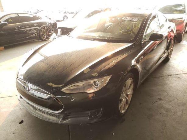 Продам Tesla Model S 2013год Charcoal