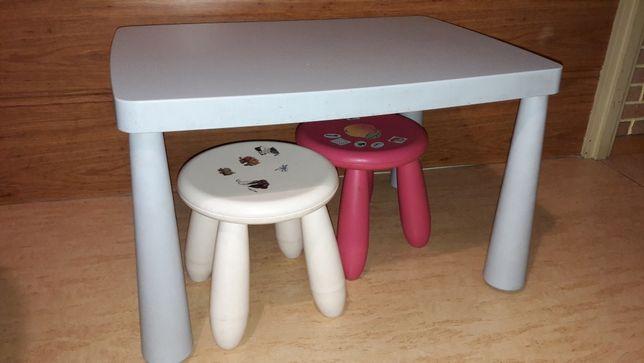 Ikea Mammut ~ Stolik + 2 Taborety