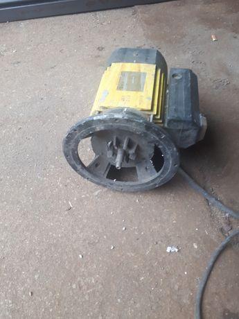 Silnik od hydroforu