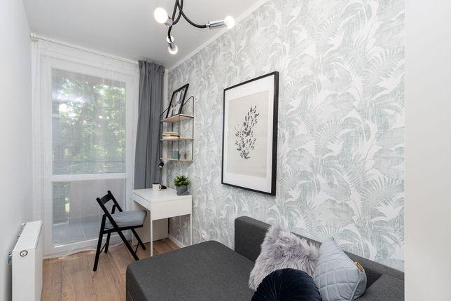 Przytulny pokój jednoosobowy z balkonem od 1 lipca  - ul.Miechowity