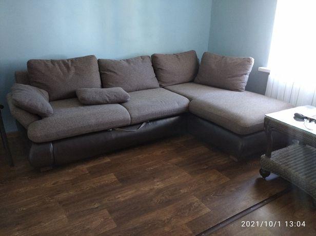 Продам угловой диван Самовывоз