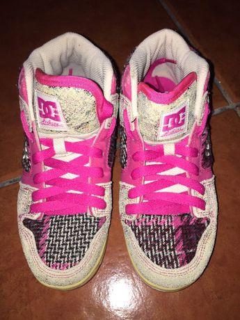 Ténis DC cor de rosa