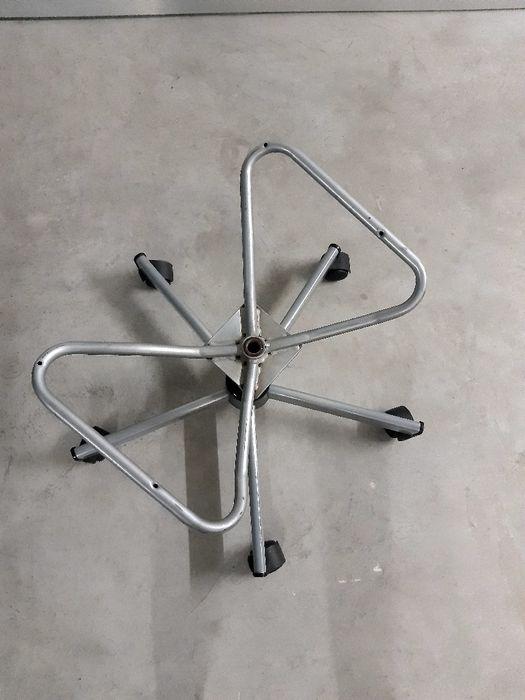 Base com rodas de cadeira Corroios - imagem 1