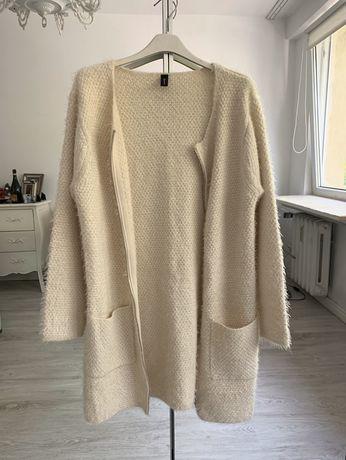 Soyaconcept sweter kardigan z kieszeniami zamek kudełki z faktura