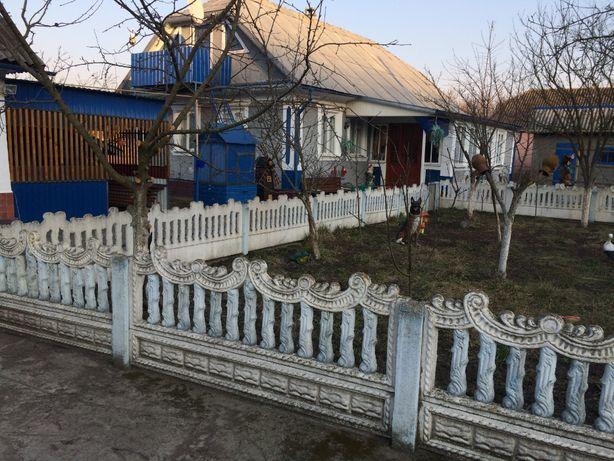 Терміново будинок с. Голосків