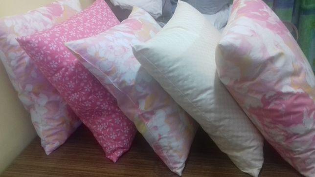 Poduszki jaśki z pierza 40x40 różne wzory i kolory.