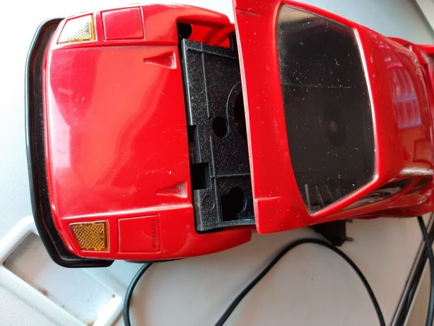 Carro a imitar Ferrari puxador de vhs