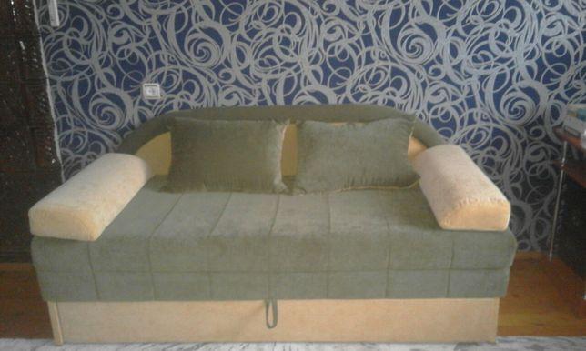 Продам диван(тахту)