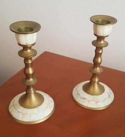 Castiçais e caixas joias conjunto em bronze e madre pérola antiguidade