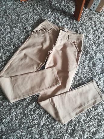 Spodnie rozm S