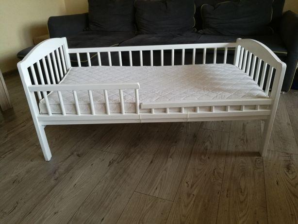 Sprzedam łóżeczko dziecięce - możliwy transport