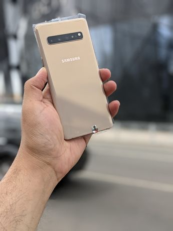 Samsung s10 5g (8/256 Силнее чем s10 plus, )