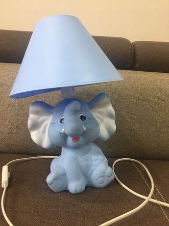 Lampka nocna słonik