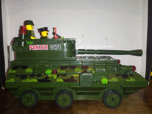 Машинка БТР лего