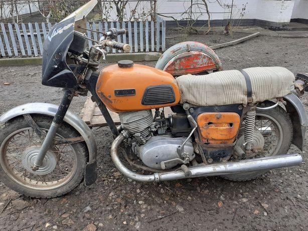 Продам мотоцикл ИЖ Планета 4