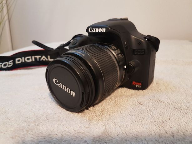 Canon EOS Rebel T1i ( EOS 500D ) + statyw + pilot