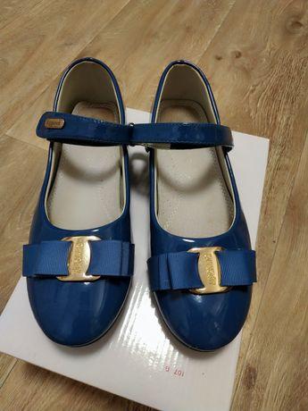 Туфлі для дівчинки 37 розмір