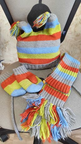 Зимний комплект шапка+шарф+ варежки 2-4года