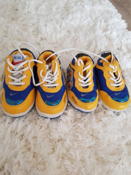 Кросовочки дитячі Nike
