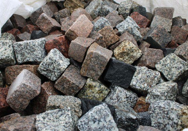 Kostka kamienna - granitowa kostka brukowa - mix kolorów